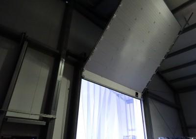 Подъемно-секционные ворота и занавесы
